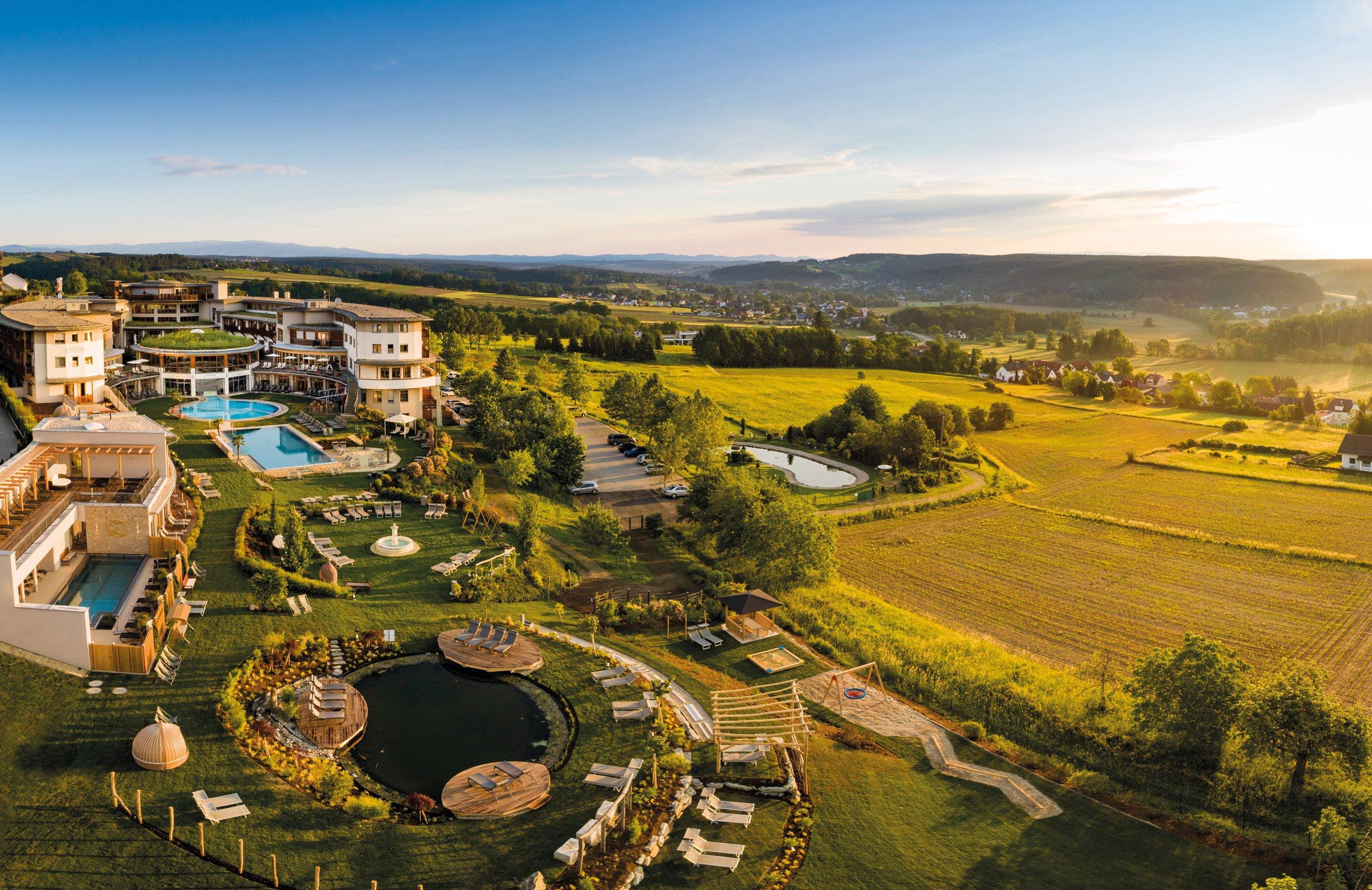 Hotel Larimar Therme & Spa in Stegersbach – HOTEL DE