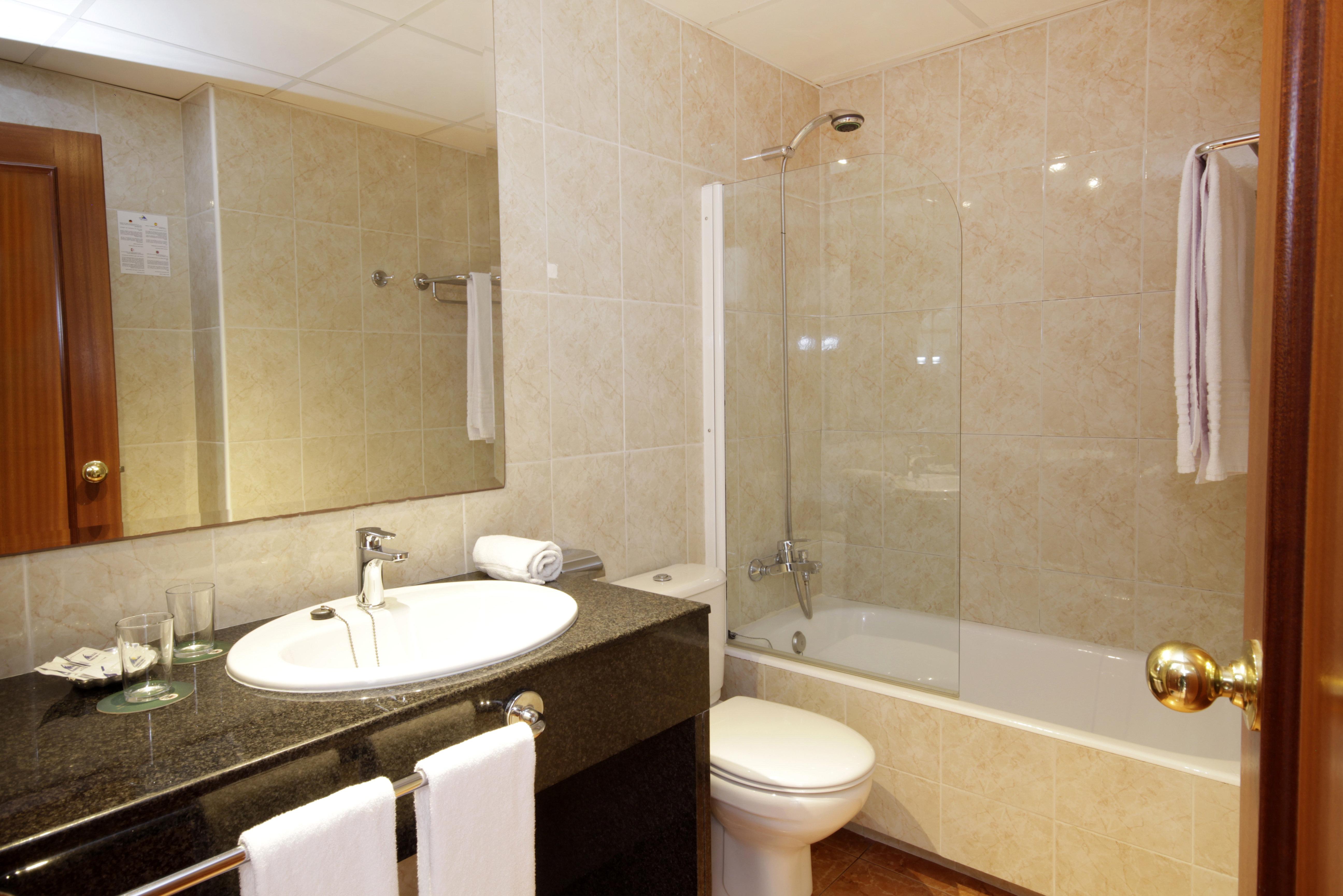 hotel ilusion markus park & spa - santa margalida – great prices, Badezimmer ideen
