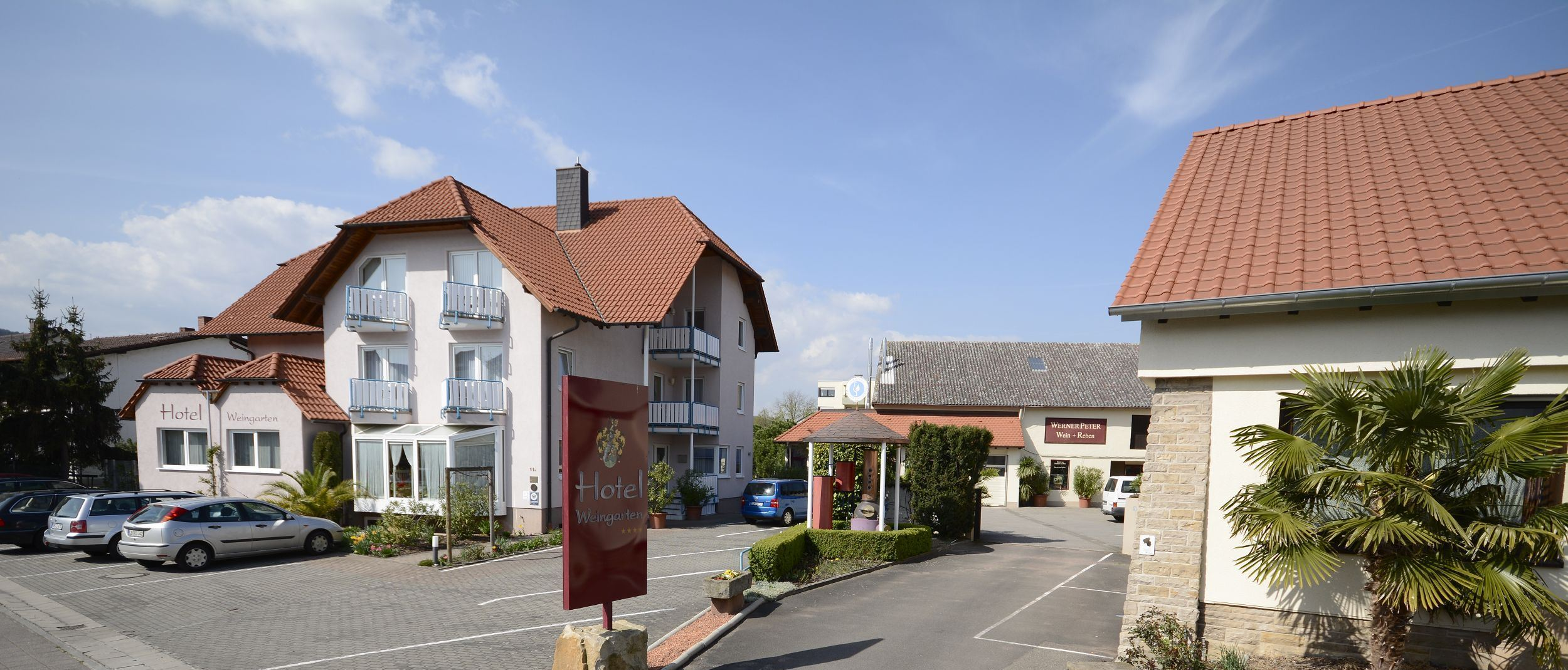 Hotel Weingarten in Bad Dürkheim – HOTEL DE