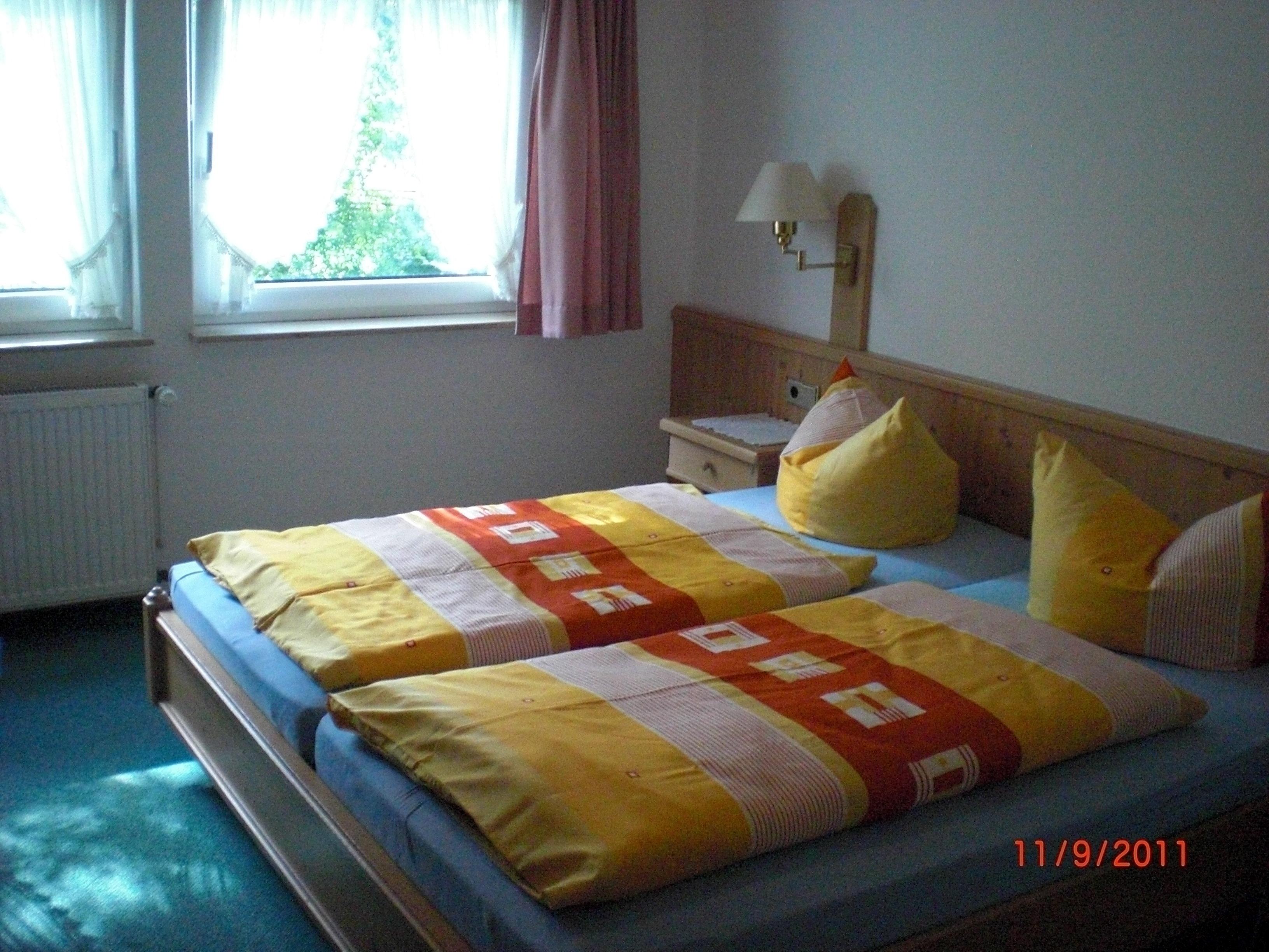 Hotel Waldschänke in Rosengarten - Emsen – HOTEL DE