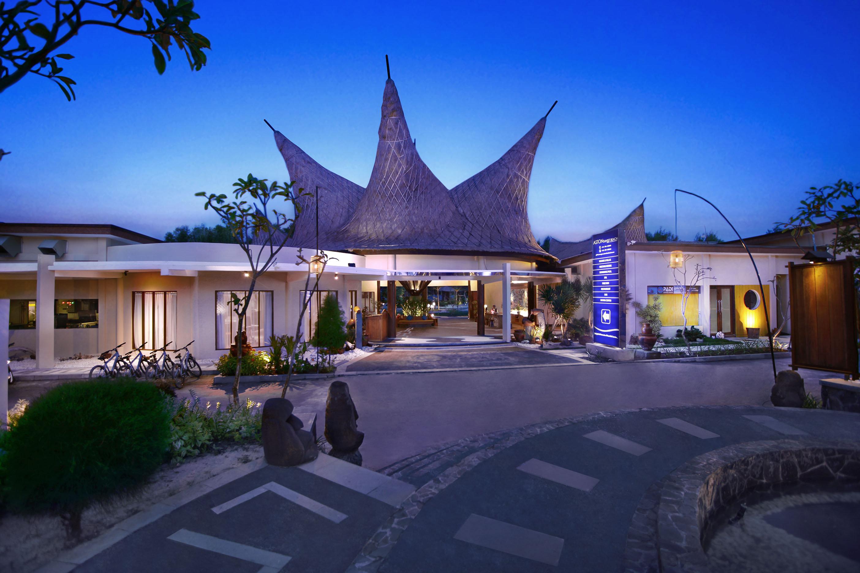 Hotel Aston Sunset Beach Resort Gili Trawangan Mataram Great Kukies Kelapa By Agung Mirah Bali Prices At Info