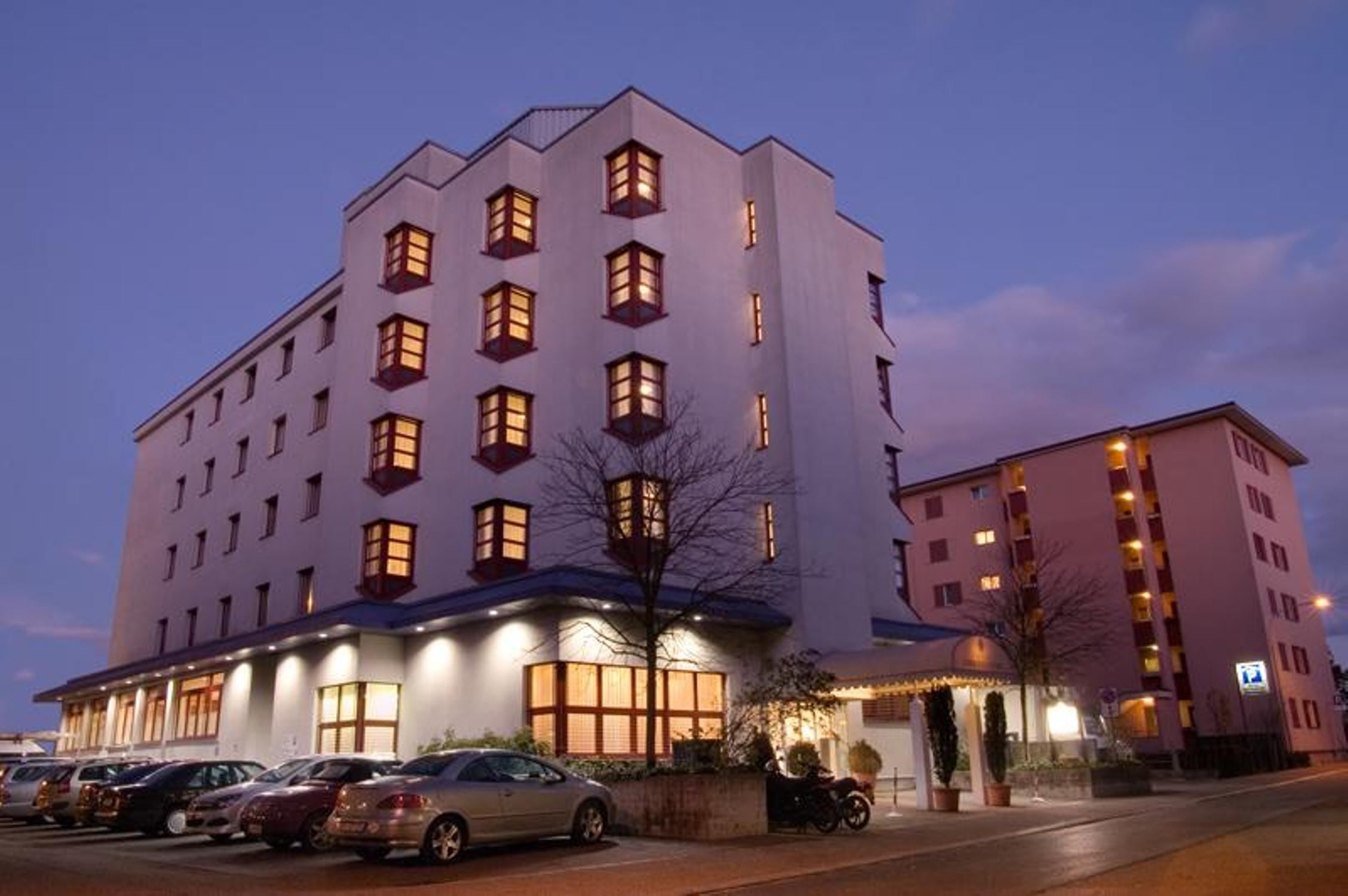 hotels lenzburg finden sie sch ne lenzburger hotels bei hrs rh hrs de