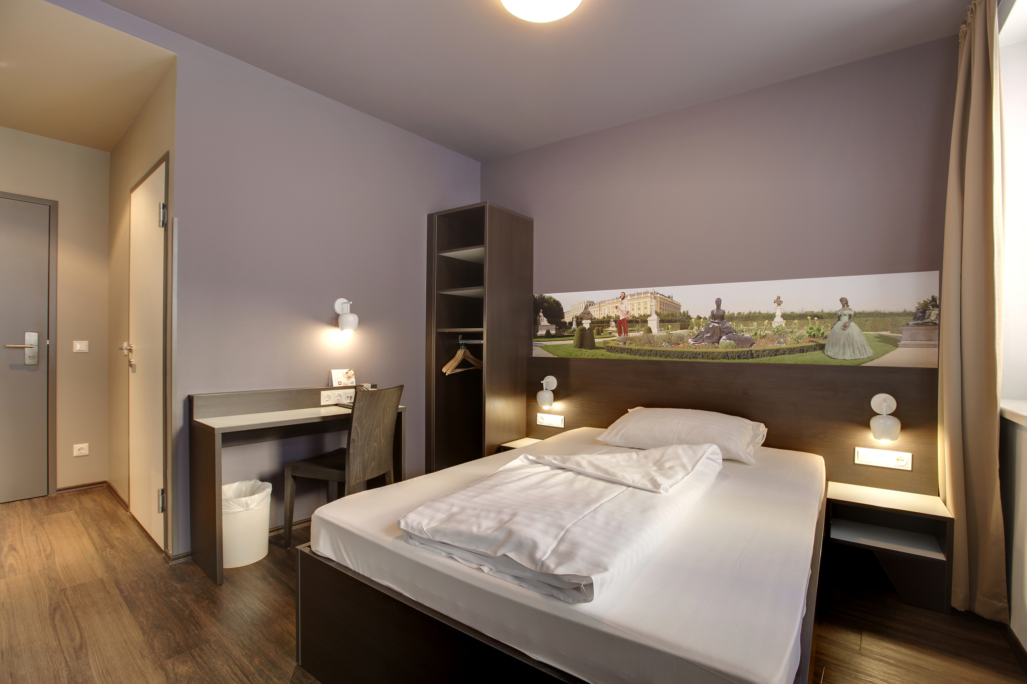 Hotel Meininger Wien Downtown Sissi Vienna Great Prices At Hotel Info